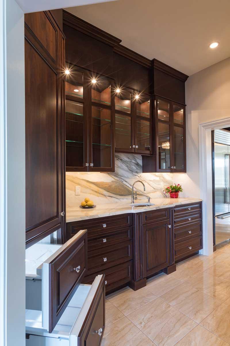 J R Kitchen Cabinets